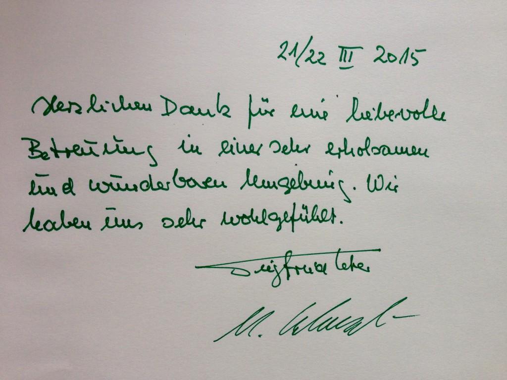 Foto fra gæstebogen, hvor to tilfredse tyskere skriver meget positvit efter at have boet hos os i to dage