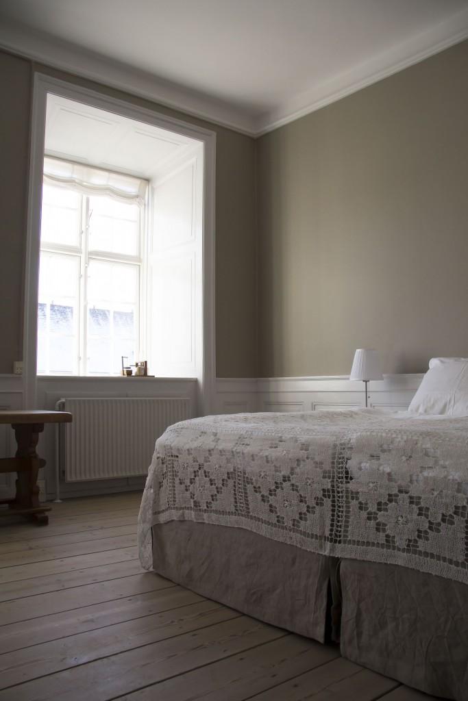 Alle værelser har helt nye senge, som kan sættes sammen eller adskilt